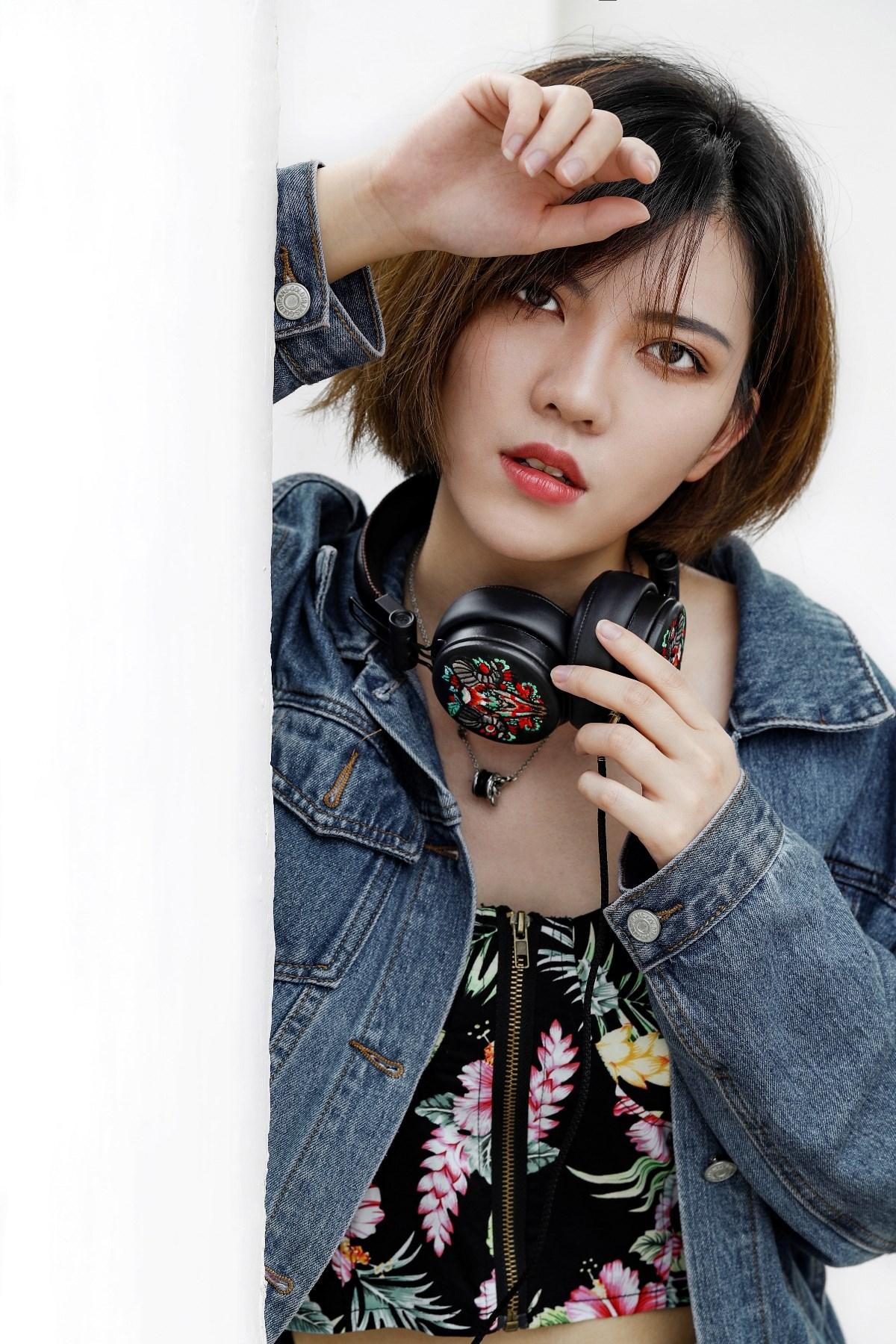 巫.号角系列   刺绣潮流耳机  定制音乐耳机  复古皮革耳机
