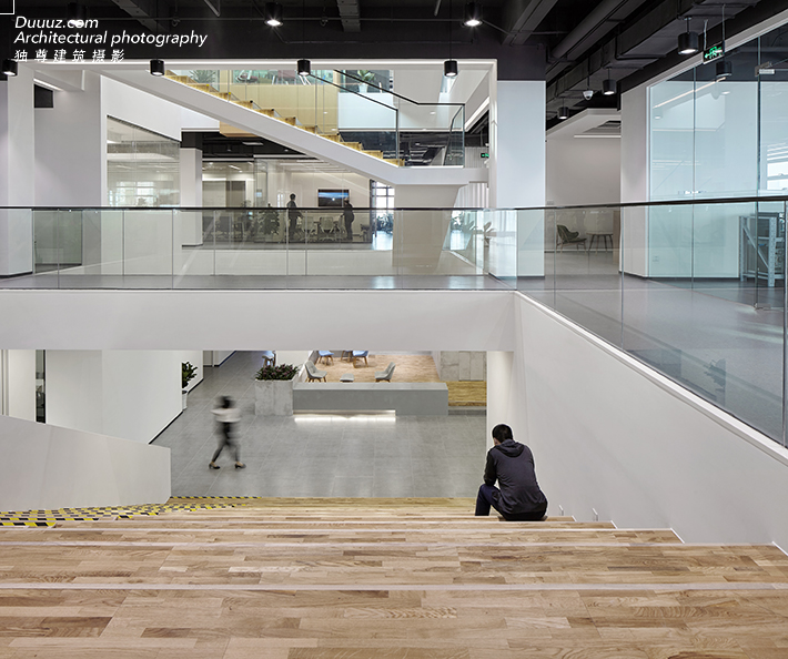 成都空与间建筑摄影:KINGSOFT珠海金山软件园
