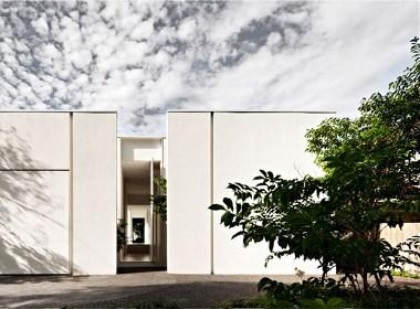刘贺东分享:墨尔本极简主义风格纯白住宅设计