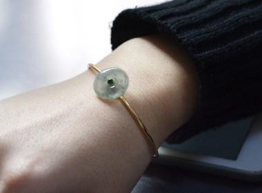 翡翠手镯考验设计师的灵感和创意