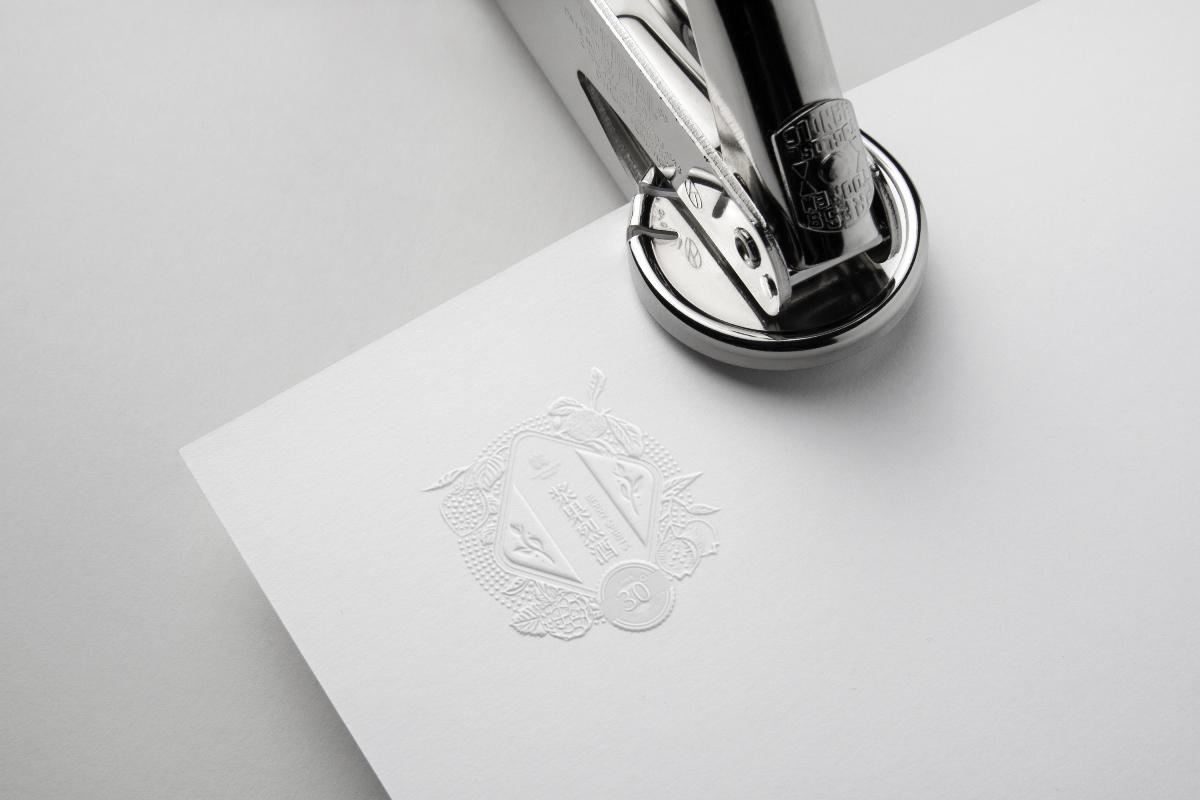 ■■慧品牌设计案例 | 浆果烈酒包装设计