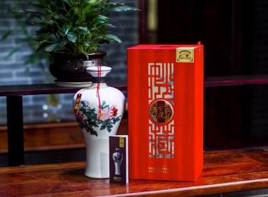 """秒藏酒包装设计——传承四代人的""""百年清末窖池"""""""