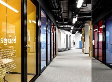 """时尚科技 胶囊""""式办公空间设计 - 筑品天工"""