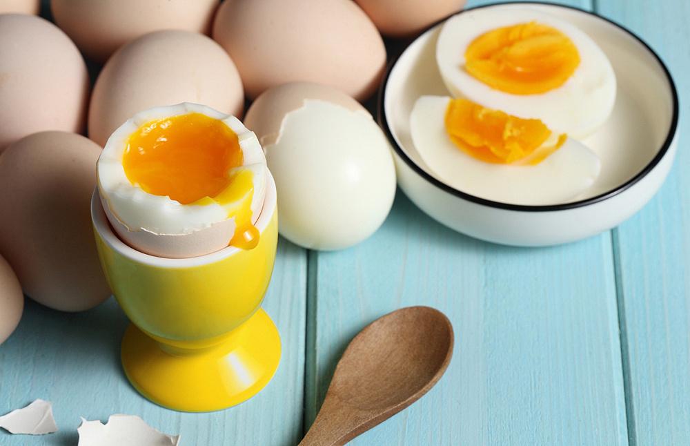 【新鲜在】建立品质认知,放弃传统视觉表现 — 蛋鲜生