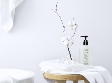 纯粹自然的PWU美白秘籍沐浴露+身体乳系列 I 当下视觉