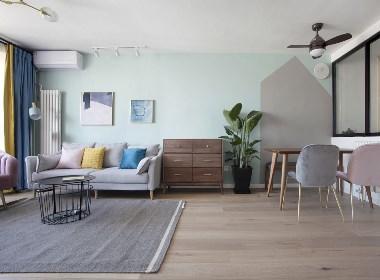【久栖设计】三段式8m储物墙,长条客厅的高效利用法