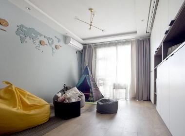 【久栖设计】无沙发客厅+投影:轻松为孩子打造一个游乐园