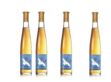 桑椹酒包裝設計