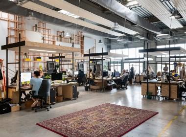 郑州办公室装修公司分享简约工业风办公室装修设计