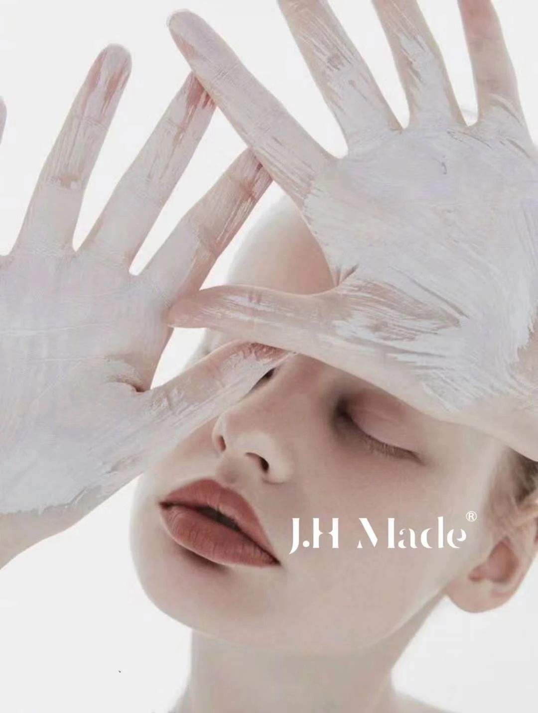 J.H Made × Hellolink   高端院线医美冻干粉产品包装设计