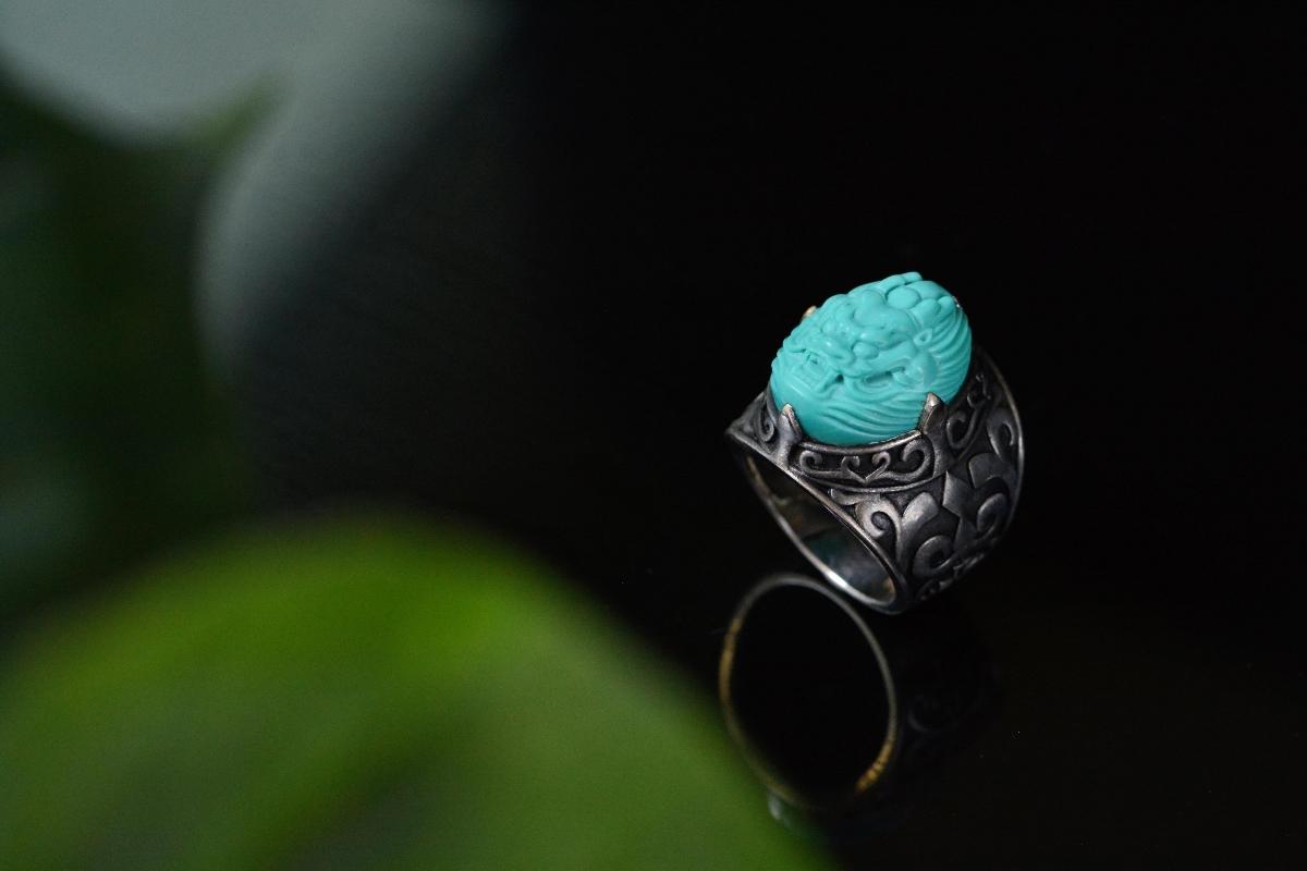 绿松石龙头戒指