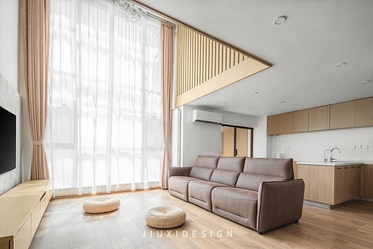 「久栖设计」三人居的『一室』生活,利用原木满足对日式的执念