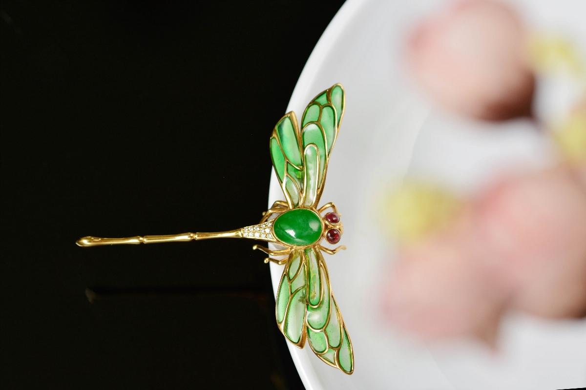 细节至上|蜻蜓胸针