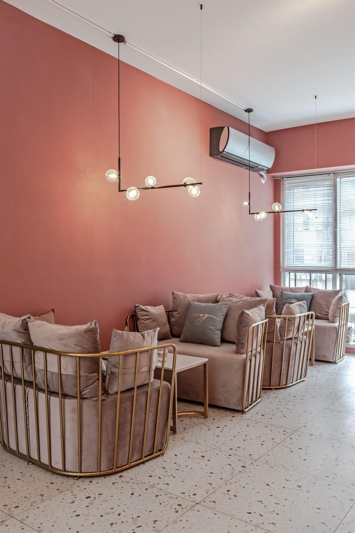 紫羽美甲休闲咖啡店