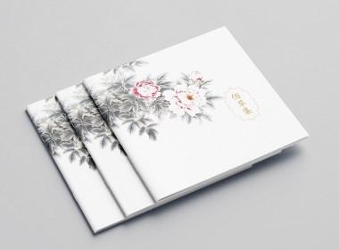 化妆品画册版式设计