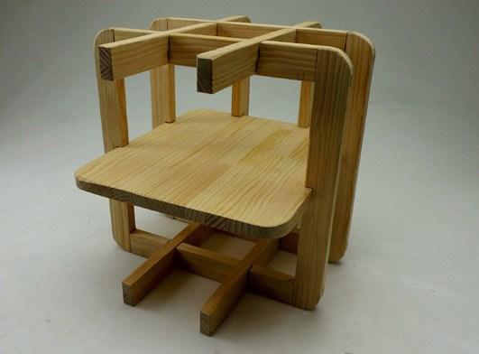 设计一个400x400x400的木材框架,由线材或板材构成的框架必须有自锁结