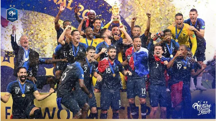 法国足协更换国家队logo5.jpg