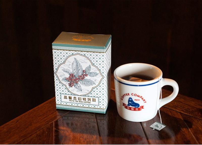 韩国首尔最受欢迎的网红咖啡Fritz标志焕新16.jpg